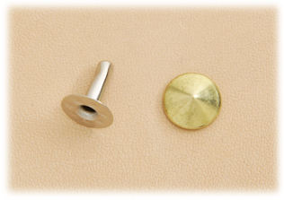 Cone Rivet - Large - Brass < 10 mm >