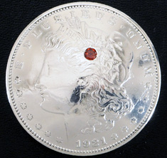 Old Morgan Dollar 1921 Garnet (1 stone)