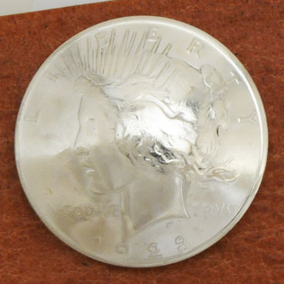 Silver Peace Dollar In Or After 1922  VG <Screw Back>